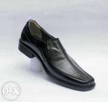omah sepatu kulit