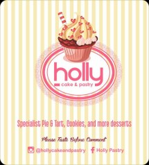 Holly Cake and Pastry