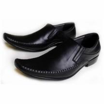 Zona Sepatu Kulit