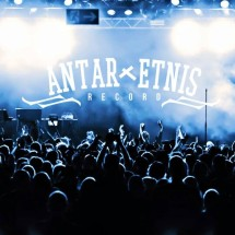 ANTARxERNIS RECORD