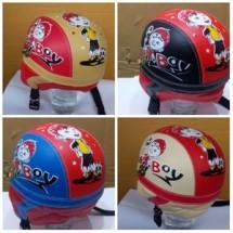 helm anak bermotif