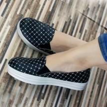 Pi Footwear