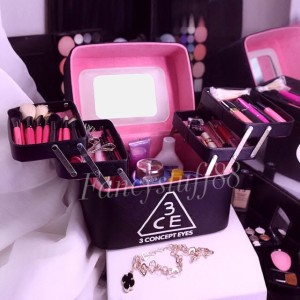 Box Kosmetik Tempat Make Up Kotak Kosmetik Kotak Make Up Tokopedia