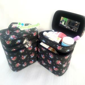 Kotak Makeup Motif Bunga Hitam L Tas Makeup L Tempat Kosmetik Tokopedia