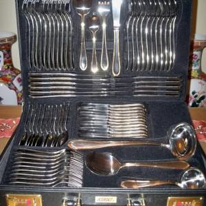 1 Set peralatan makan (Sendok Garpu Pisau) dengan merk SOLINGEN