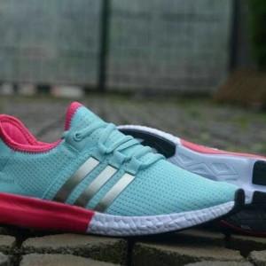 List Harga Sepatu Running Wanita Senam Gym Zumba Nike Air Max Lunar ... 87dea10a88