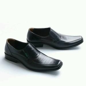 Sepatu Pantofel Pria Kickers Kulit Tokopedia