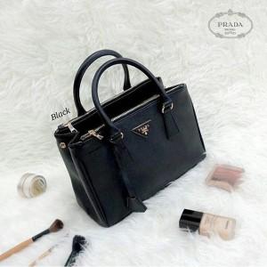 Jual Tas wanita cewek branded fashion handbag bag Prada Safiano 4dab26c904