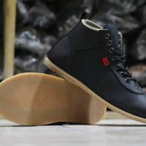 Harga Harga Sepatu Boot Kickers Ori Terbaru - Toko Merdeka 7ab77ce126
