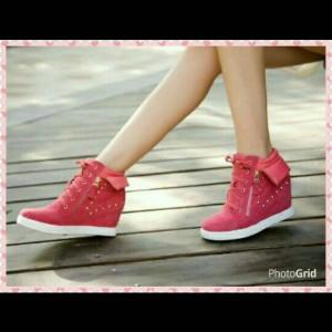 Sepatu Wanita Kets Wedges Tokopedia