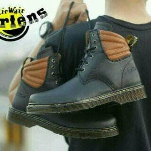 New Sepatu boots unisex Dr.Martens Docmart Hightif 8 hole kulit