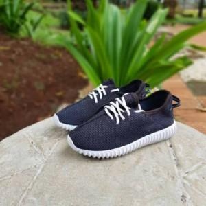 Sepatu Anak Adidas Yeezy Laki Dan Perempuan Sporty Tokopedia