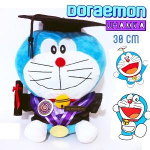 Jual Boneka Wisuda Doraemon ORI Kado Romantis Couple Graduation Lucu Unik a5c2871f4c