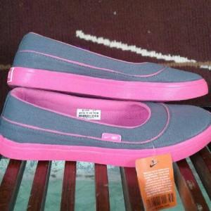 Sepatu Nike Slop Wanita Tokopedia