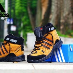 Sepatu Safety Outdoor Hiking Trekking Tokopedia