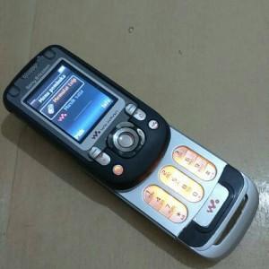 Sony Ericsson W550i Tokopedia