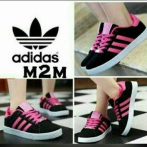 Jual Sepatu Olahraga Adidas Warna Hitam Pink Wanita Cewek Cewe Sekolah Boot 50de7a737b