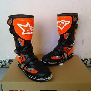 Sepatu Trail Rnl Tokopedia