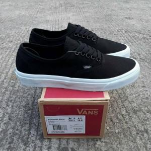 Sepatu Vans Authentic Mono Black Tokopedia