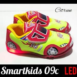 Sepatu Anak Laki Laki Led Trekkers Racing Cars Tokopedia