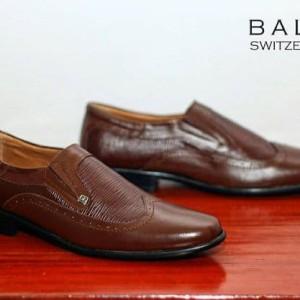 Sepatu Slop Trendy Pria Tokopedia