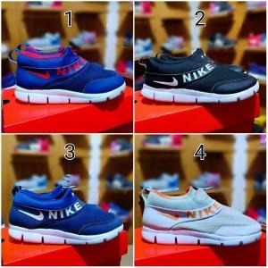 Sepatu Nike Slop Anak Murah Sepatu Anak Laki Laki Dan Perempuan Tokopedia