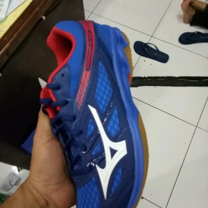 Sepatu Voly Mizuno Thunder Blade Tokopedia
