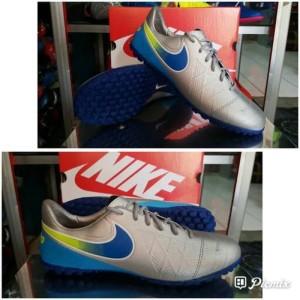 Sepatu Futsal Nike D Tokopedia