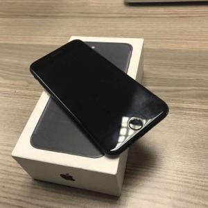 APPLE IPHONE 7 128GB BLACK MATTE GARANSI 1 TAHUN