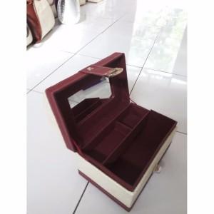 Sale Kotak Kosmetik Tas Kosmetik Beauty Case Motif Polkadot Tokopedia