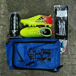 Paket Lengkap Sepatu Bola Adidas 11questra Tokopedia
