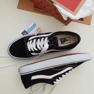 Jual Sepatu Vans Old Skool Black White Premium Waffle IFC BNIB 16ebab0674