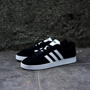 List Produk Sepatu Original Adidas Vl Court Skate Olive Green - 45 Store ba2a03e28e