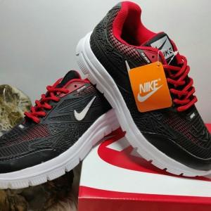 Sepatu Sneaker Nike Pria Tokopedia