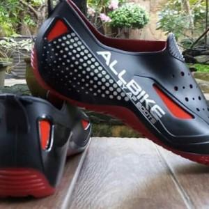 Sepatu Sepeda Sepatu Karet Anti Air Tokopedia