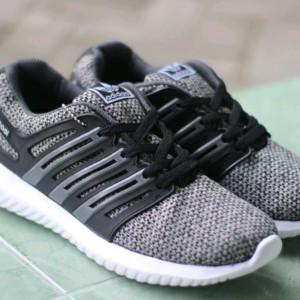 Sepatu Sport Adidas Climacool Abu Abu Casual Sport Pria Tokopedia