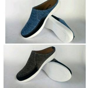 Sepatu Sandal Pria Casual Terbaru Ringan Banget Slop Selop Flat Sendal Kasual Cowok Tokopedia