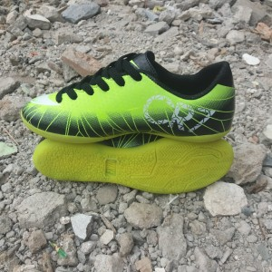 Sepatu Futsal Anak Adidas Size 28 32 Tokopedia
