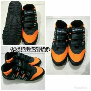 Sepatu Sepeda Mtb Cleat Shimano Sh Mt54l Sol Vibram Tokopedia