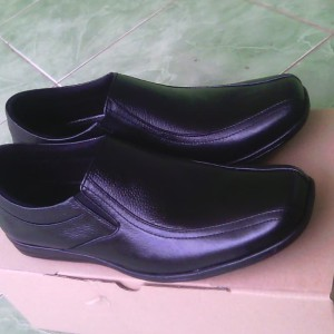 Sepatu Kulit Asli Tokopedia