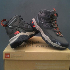 Sepatu Outdoor Gunung The North Face Original Tokopedia