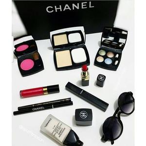 Channel Pallete Make Up Paket Kosmetik Channel Tokopedia
