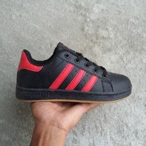 Sepatu Adidas Sb Sepatu Sekolah Hitam Sepatu Adidas Superstar Sepatu Sekolah Anak Sd Smp Sma Tokopedia