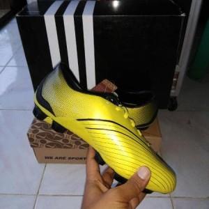 Sepatu Bola Specs Bafana Fg Silver Tokopedia