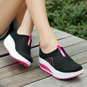 Sepatu Sandal Wanita Sneaker Tokopedia