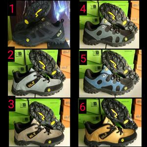 Sepatu Gunung Jack Wolfskin Hiking Snta Safety Boots Outdoor Tracking Sepatupria Bikers Sepatumurah Tokopedia