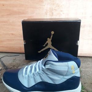 Sepatu Basket Ball Jordan Basket Tokopedia