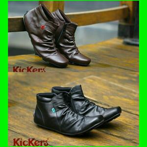 Sepatu Gaya Pria Kickers Casual Slop Suede Tokopedia