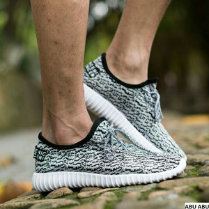Sepatu Import Yeezy Unisex Tokopedia
