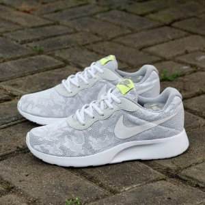 Sepatu Sneakers Nike Tokopedia